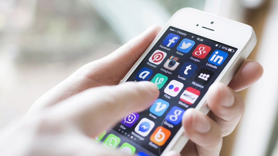 comunicazione social media